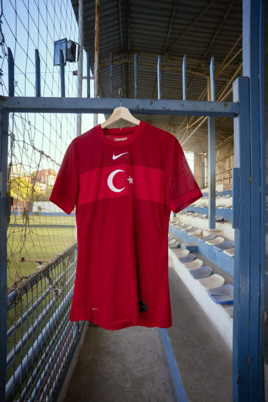 Turkey 2020-21 Nike Away Kit